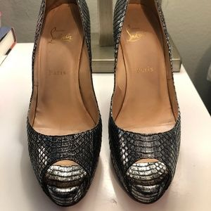 Christian Louboutin Very Prive Metallic Heels
